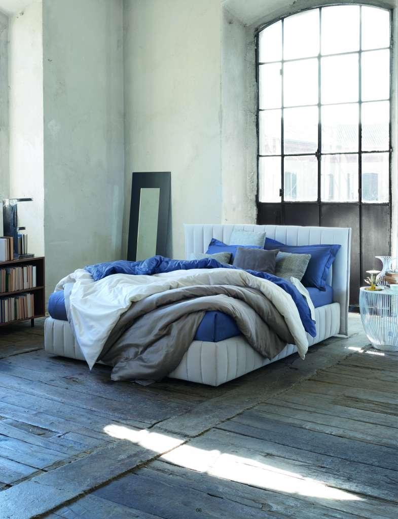 nouvelle tendance parez vos lits de linge 100 lin savoir vivre la fran aise. Black Bedroom Furniture Sets. Home Design Ideas